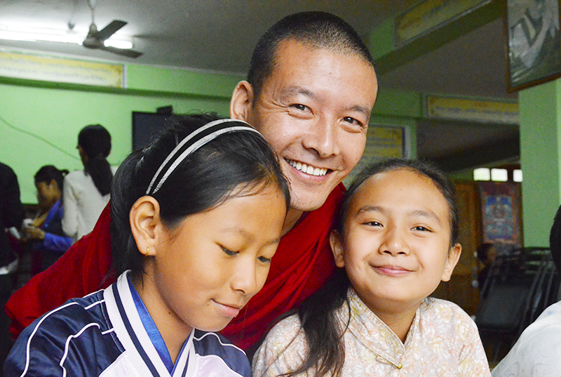 Tibet-Teacher-with-students-2017